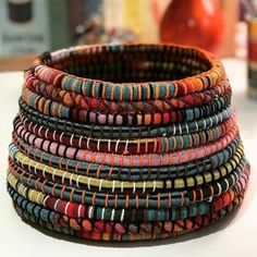 Learn a new skill and have some fun while you inject your personality into the making of a coiled basket using recycled fabrics! Weaving Loom Diy, Basket Crafts, Fabric Bowls, Weaving Projects, Clothes Crafts, Recycled Fabric, Fabric Art, 9 December, Fabric Scraps