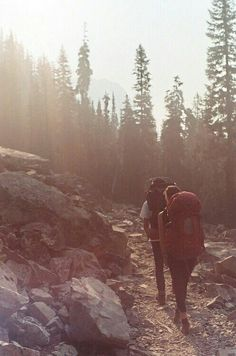 Hiking ideas and inspiration. Hiking food, camping tips and more. Adventure Awaits, Adventure Travel, Trekking, Oh The Places You'll Go, Places To Visit, Citations Photo, Camping Sauvage, Pacific Crest Trail, Kayak