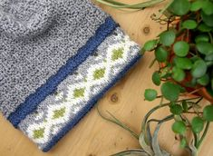 Knit Patterns, Knitted Hats, Diy And Crafts, Barn, Blanket, Knitting, Crochet, Womens Fashion, Tejidos