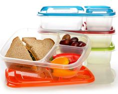 List of school lunch ideas and tools to make cold lunch not so boring!
