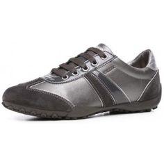 Pantofi sport de la Geox, confectionati din piele, interiorul este din material textil, iar talpa este din cauciuc.