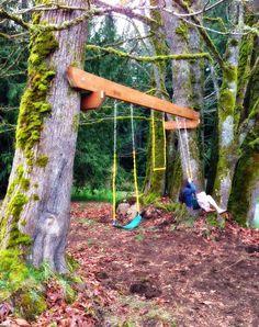 DIY Tree swing-set tutorial : Backyard swing using trees : The Tuscan Home: Spring Break Tree Swing Project Backyard Swing Sets, Backyard Playset, Diy Swing, Backyard Hammock, Backyard Playground, Backyard For Kids, Backyard Projects, Backyard Ideas, Hammock Ideas