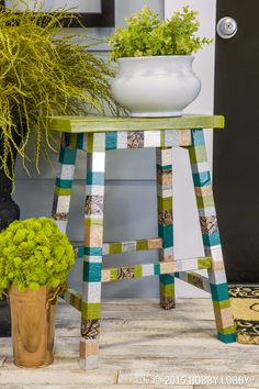 When it comes to DIY tape décor, nothing's off limits. Try strips of tape on ready-made décor, like this stool, for a quick and easy DIY project. Handmade Furniture, Diy Furniture, Porch Decorating, Decorating Ideas, Diy Wood Projects, Decoration, Furniture Makeover, Diy Home Decor, Diy And Crafts