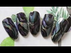 【Watch nail#945】Personalized Laser Shell-Shaped Nail Art【窝趣美甲推荐-945期】个性镭射 手绘贝壳纸款 - YouTube