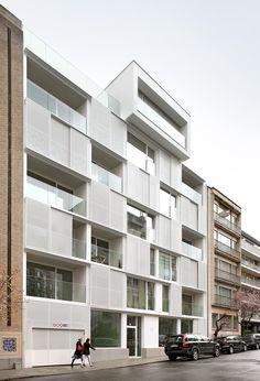 Passive residential and office building Ixelles, Belgium 2012 © Filip Dujardin