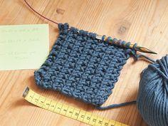 Tutoriales DIY: Cómo hacer una manta de punto tricolor para bebés vía DaWanda.com