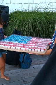 Jelly Patriotic shots - Best 4th of July's idea everrr!