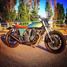 """Scrambler  Yamaha xj 750 """"bye bye baby"""" Restiling bye tondo Motors"""