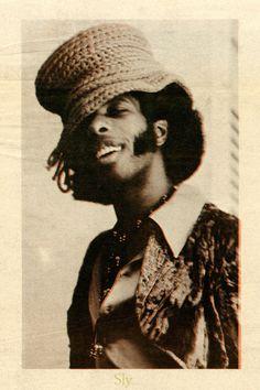 Sly Stone, Funk Bands, The Family Stone, Evolution Of Fashion, Neo Soul, African Diaspora, Music Photo, Soul Music, Jimi Hendrix