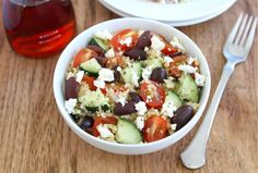 Greek Quinoa Salad  Delish and so healthy! Made it the other night and we had zero leftovers.