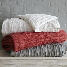 Frayed-edge Quilt + Shams