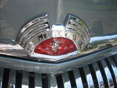 1951 - Mercury Eight Mercury Cars, Car Logos, Hood Ornaments, Eight, Volkswagen Logo, Tail Light, Light Art, Grills, Cool Cars