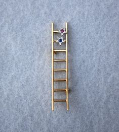 Ladder To Success Pin Mary Kay Consultant Gift Gold Plated Gemstone Accents Vintage