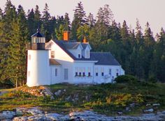 Maine  http://www.unc.edu/~rowlett/lighthouse/me.htm