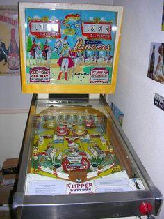 LANCERS GOTTLIEB PINBALL MACHINE 1961