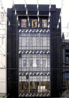The former Buckley & Nunn store, 310 Bourke Street, Melbourne.  Built:1933  Architect: Bates, Peebles & Smart.