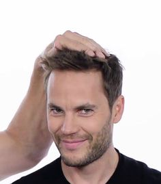 No Taylor, your hair is def not a piece you can buy! That face Taylor Rogers, Texas Forever, Def Not, Taylor Kitsch, Friday Night Lights, True Detective, Taylor S, Male Beauty, Pretty Boys