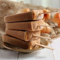 Many different {recipes}  from this site.  Yummy! Pumpkin Spice Latte Popsicles