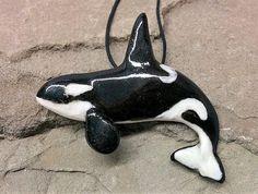 Large Male Orca Killer whale Ceramic Pendant, Realistic Orca Pendant, Orca Necklace, Orca delphin Collar, Orca Delphin Anhängsel   #orca #orcas #killerwhale #killerwhales #epaulard #orques #dolphins #dolphin #whale #whales #ocean #oceanlife #wild #naturelovers #emptythetanks #blackandwhite #blackfish #jewelrygram #jewelrydesign #fashionformen #fashionforwomen #jewelrydesigner #jewelry #jewellery #delfin #passion #cute #love #nature #ceramics