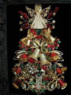 Pretty angel Christmas tree w/bells