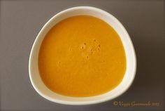 For English please scroll down Il y a quelque temps je vous avais promis une soupe par semaine, et je me suis rendu compte hier que je ne tenais pas ma promesse. Alors, pour me rattraper, voici une…