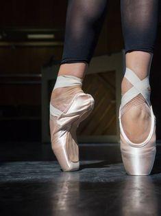 Ballerina Training in the Studio. by Luis Velasco - Ballerina, Foot - Stocksy United Ballet Diet, Ballerina Diet, Ballet Barre, City Ballet, Ballerina Body, Ballerina Costume, Ballet Images, Ballet Pictures, Ballet Photos