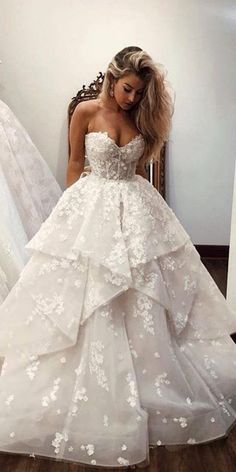 24 Lace Ball Gown Wedding Dresses You Love - Bridal Gown .- 24 Spitze Ballkleid Brautkleider, die Sie lieben – Brautkleid – New Ideas – wedding dress 24 Lace Ball Gown Wedding Dresses You Love Wedding Dress New Ideas - Wedding Dress Trends, Princess Wedding Dresses, Best Wedding Dresses, Bridesmaid Dresses, Dress Wedding, Dresses Dresses, Elegant Dresses, Wedding Lace, Mermaid Wedding