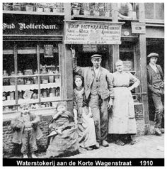 Old Pictures, Old Photos, Vintage Photos, Holland, Rotterdam Netherlands, Victorian Photos, The Hague, City Landscape, Past Life