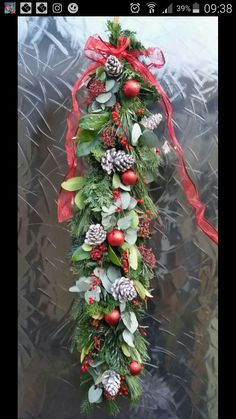 Xmas Tree, Flower Arrangements, Christmas Wreaths, Holiday Decor, Flowers, Diy, Home Decor, Garland, Christmas Swags