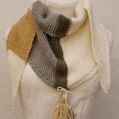 20 meilleures images du tableau Echarpe en laine tricotée main ... 659a8f25bfe