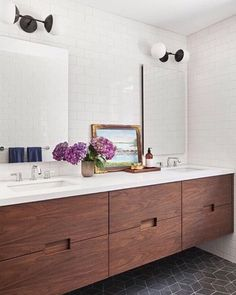 Check out this crucial graphics and also look at today information on Small Bathroom Renovation Ideas Bathroom Renos, Bathroom Cabinets, Small Bathroom, Bathroom Fixtures, White Bathrooms, Luxury Bathrooms, Dream Bathrooms, Contemporary Bathrooms, Bathroom Remodeling