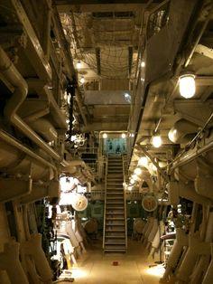 Lighting Ref. Merchant Navy, Merchant Marine, Marine Engineering, Capsule Hotel, Treasure Planet, Submarines, Us Navy, Sailing Ships, Cave