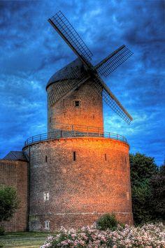 Turmwindmühle (1481) Kempen, Netherlands
