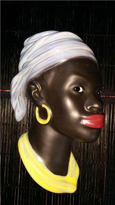 Annons på Tradera: Afrikansk Kvinna Väggtavla / Vägg-relief Keramik 50 tal