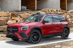 Check out our latest Mercedes-Benz car leasing offers available for both personal Mercedes-Benz vehicles have a good track record of available and quick Latest Mercedes Benz, Mercedes Benz Cars, Best Track, Compact Suv, Peugeot, Used Cars, Luxury Cars, Porsche, Vehicles
