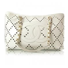 CHANEL Patent Perforated Tote White ❤ liked on Polyvore featuring bags, handbags, tote bags, chanel, bolsas, borse, clutches, white tote, zip tote and zippered tote