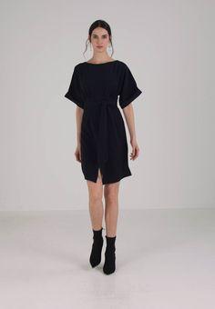 hale bob kjolees on sale, Sort hale bob kjole dame kunst