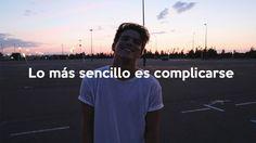 LO MÁS SENCILLO ES COMPLICARSE | Alex Puértolas - YouTube
