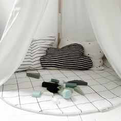 Kids Bedding with Geometric Shapes - Petit & Small