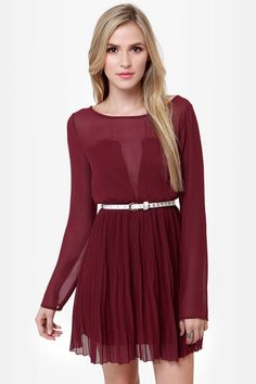 Burgundy pleated dress perfect paired with booties for a holiday party #lulusholiday
