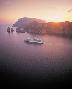 Royal Caribbean, Capri by Roderick Eime, via Flickr
