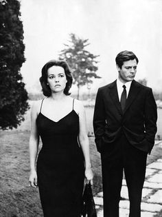 The Proportioned Suit. Marcello Mastroianni, with Jeanne Moreau.