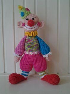 clown nagemaakt van foto Diy Art Projects, Crochet Projects, Baby Blanket Crochet, Crochet Baby, Doll Patterns, Crochet Patterns, Crochet Octopus, Crochet Snowman, Crochet Animals