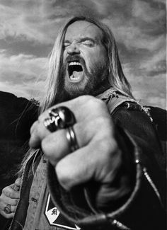 "ZAKK WYLDE... ""Bringing Metal To The Children"""