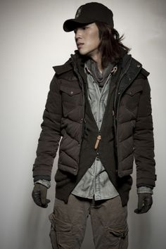 codes combine...men's layered street style