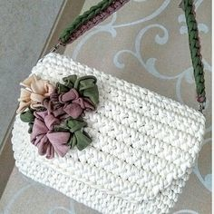 Crochet Cowel - Cotton Slipper with Flip Flop Soles Crochet Coin Purse, Crochet Purse Patterns, Crochet Pouch, Crochet Purses, Crochet Cowel, Crochet Lace, Yarn Bag, Diy Purse, Crochet Handbags