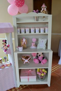 Minnie Mouse / Ice Cream Birthday Party Ideas | Photo 17 of 53 | Catch My Party
