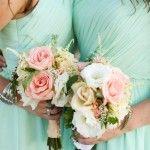 Love these mint bridesmaids dresses