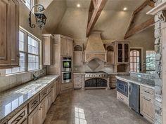For Sale - See photos and descriptions of 13200 Turtle Pond Ct, Oklahoma City, OK. This Oklahoma City, Oklahoma Single Family House is 5-bed, 5.1-bath, listed at $875,000  MLS# 743866. Casas de venta en Oklahoma City, OK.