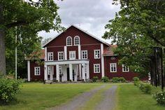 Kellahden säteri: Kristiina von Grothusen asui täällä 7 sukupolvea sitten.